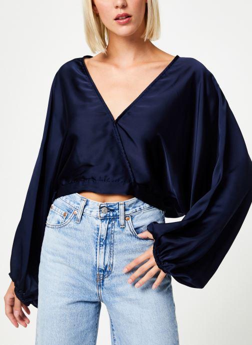 Vêtements Free People MIDNIGHT VIBES BLOUSE Bleu vue détail/paire