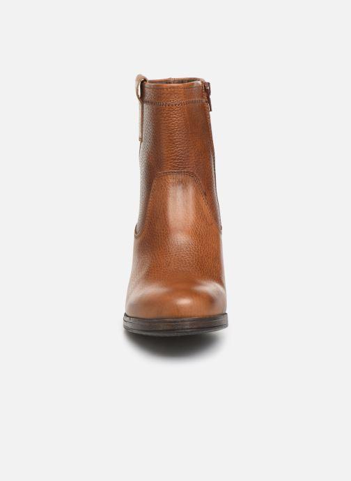 Stiefeletten & Boots Bullboxer 490M90281 braun schuhe getragen