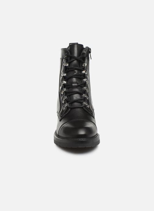 Bottines et boots Bullboxer 333511E6L Noir vue portées chaussures