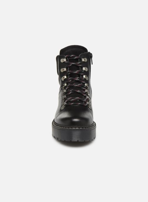 Bottines et boots Bullboxer 364501E6L Noir vue portées chaussures