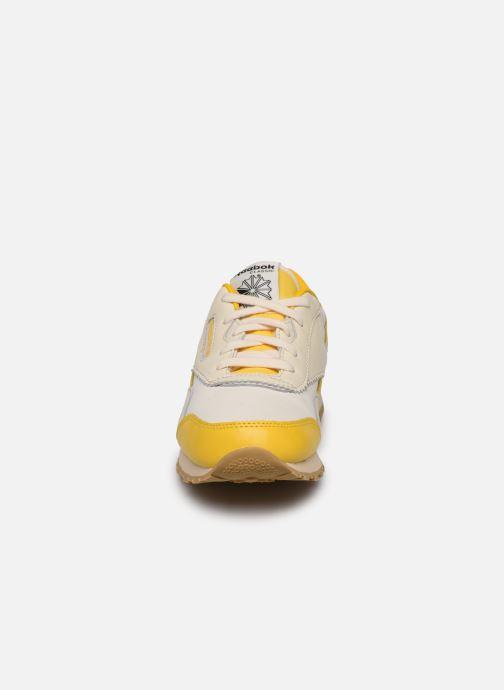 Baskets Reebok Reebok x TAO Cl Nylon J Jaune vue portées chaussures