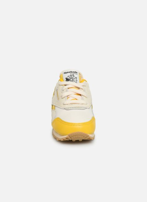Sneakers Reebok Reebok x TAO Cl Nylon I Geel model
