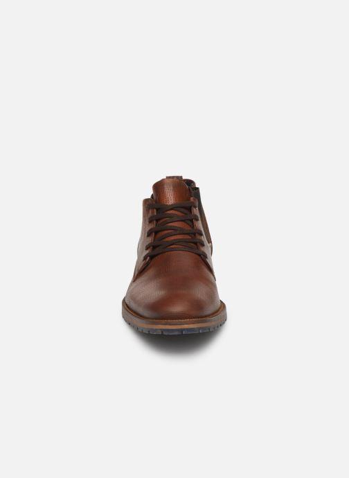 Bottines et boots Bullboxer ELVIS Marron vue portées chaussures