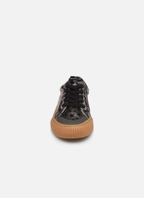 Baskets Victoria Deportivo Metalizado Es Argent vue portées chaussures