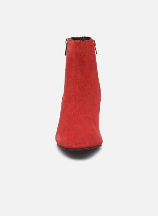 Botines  Bianco BIACEIL SUEDE ZIP BOOT 26-50278 Rojo vista del modelo