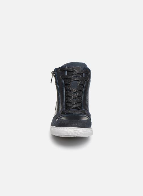 Sneaker Bullboxer AGM531E6L blau schuhe getragen