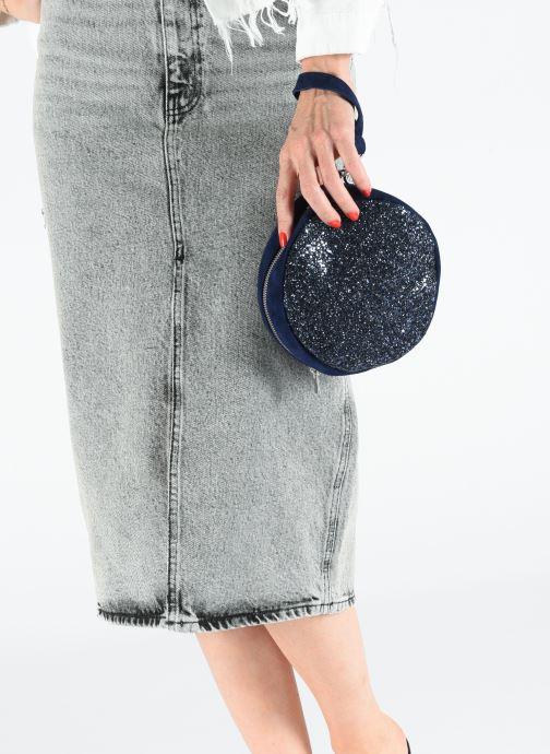 Mini Bags Made by SARENZA Made By Sarenza x Modetrotter pochette blau ansicht von unten / tasche getragen