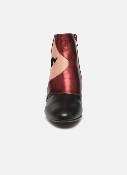 Ankle boots Chie Mihara Nala35 Multicolor model view