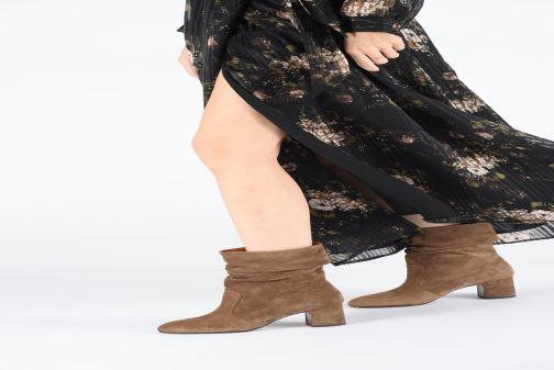 Bottines et boots Chie Mihara NA Edil 35 Marron vue bas / vue portée sac