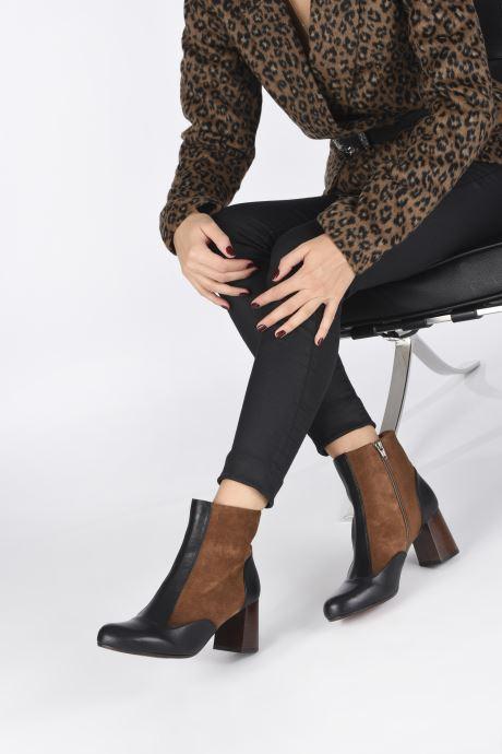 Bottines et boots Chie Mihara Monet Marron vue bas / vue portée sac