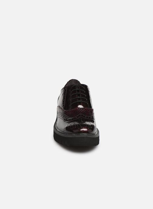 Chaussures à lacets Tamaris ALBAN Bordeaux vue portées chaussures