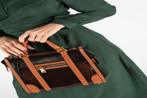 Bolsos de mano Essentiel Antwerp Tornatore shoulderbag Incoloro vista de abajo