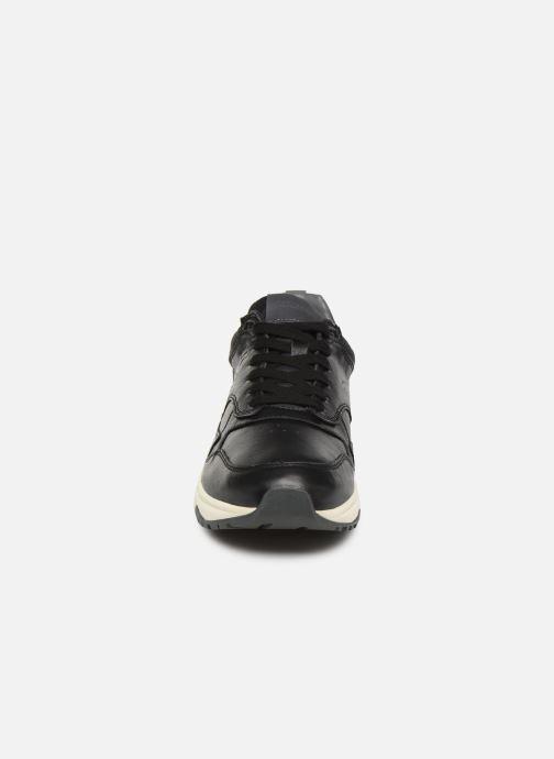 Baskets Lumberjack DETROIT Noir vue portées chaussures