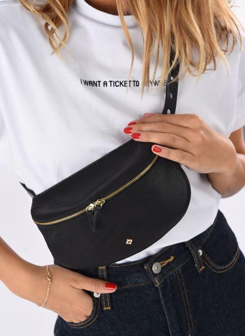 Handbags Herbert Frère Soeur LILI Black view from underneath / model view