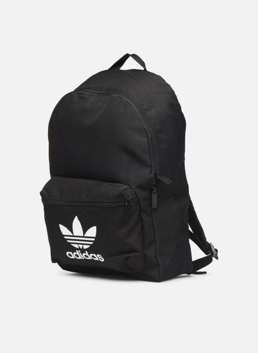 Zaini adidas originals AC CLASS BP Nero modello indossato
