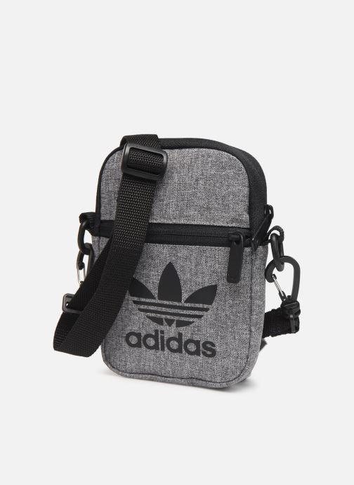 Bolsos de hombre adidas originals MEL FEST BAG Gris vista del modelo