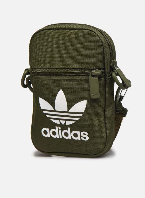 Herrentaschen adidas originals FEST BAG TREF grün schuhe getragen