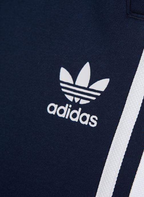Vêtements adidas originals Fleece Shorts J Bleu vue portées chaussures