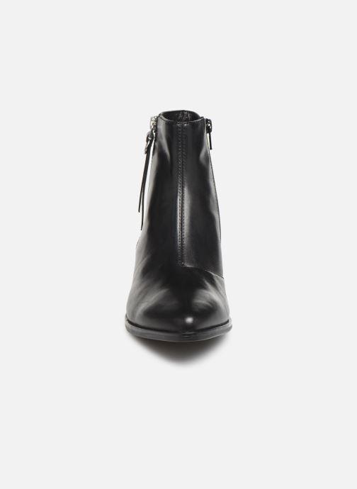 Bottines et boots Vagabond Shoemakers MARJA 4813-101 Noir vue portées chaussures