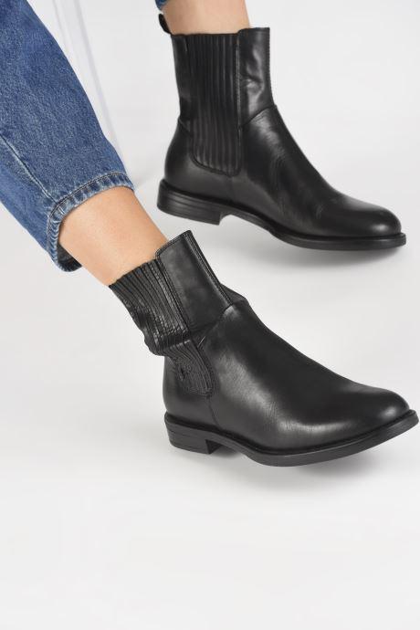Bottines et boots Vagabond Shoemakers AMINA 4803-101-20 Noir vue bas / vue portée sac