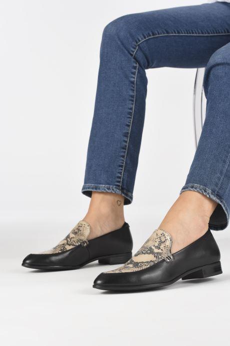 Mocassins Vagabond Shoemakers FRANCES 4606-202 Noir vue bas / vue portée sac