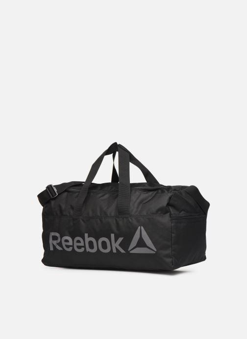 Bolsas de deporte Reebok ACT CORE M GRIP Negro vista del modelo