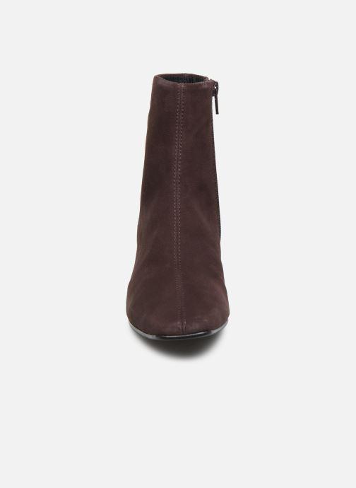 Stivaletti e tronchetti Vagabond Shoemakers LEAH  4802-040-31 Marrone modello indossato