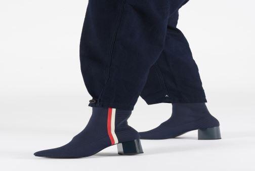 Boots en enkellaarsjes Tommy Hilfiger KNITTED HEELED BOOT Blauw onder