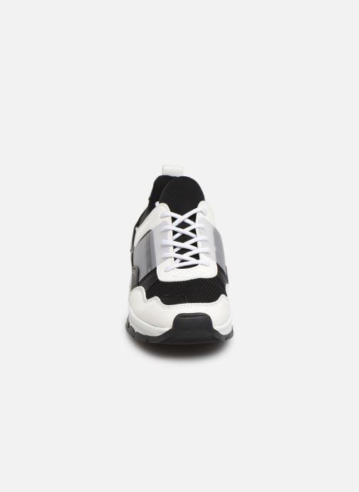 Baskets Tommy Hilfiger TOMMY LIFESTYLE SNEAKER Noir vue portées chaussures