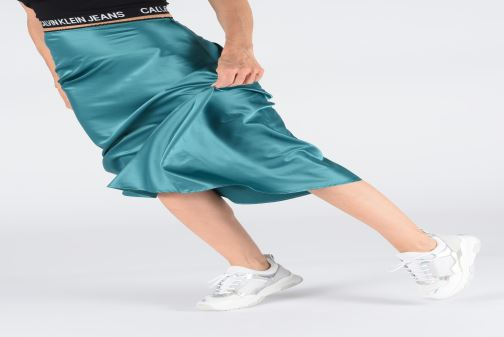Sneakers Tommy Hilfiger LIFESTYLE IRIDESCENT SNEAKER Hvid se forneden