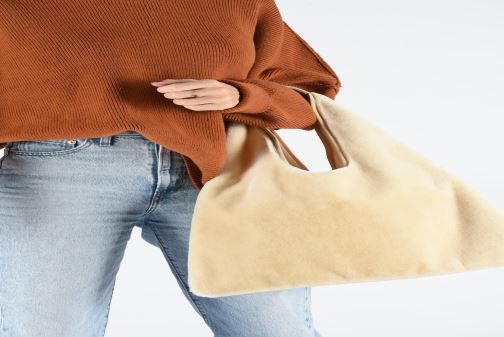 Handbags Arron FAKE REX Beige view from underneath / model view