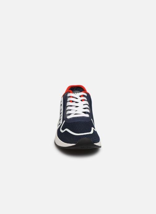 Baskets Tommy Hilfiger TECHNICAL DETAILS FLEXI SNEAKER Bleu vue portées chaussures