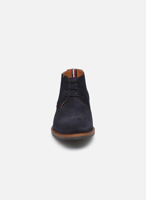 Ankelstøvler Tommy Hilfiger ELEVATED MATERIAL MIX BOOT Blå se skoene på
