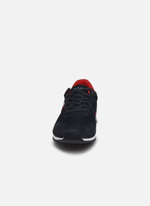 Sneaker Tommy Hilfiger ICONIC MATERIAL MIX RUNNER blau schuhe getragen