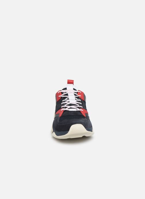 Sneakers Tommy Hilfiger CHUNKY MATERIAL MIX TRAINER Blauw model