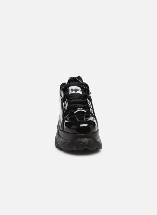 Baskets Buffalo 1533043 Noir vue portées chaussures