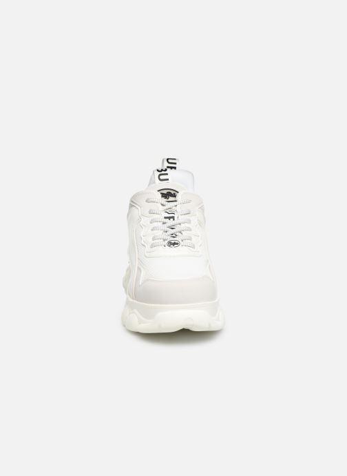 Baskets Buffalo 1630195 Blanc vue portées chaussures