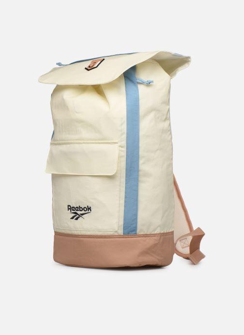 Rucksäcke Reebok CL GIGI HADID SLING BAG weiß schuhe getragen