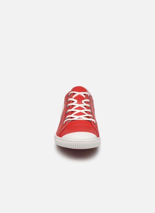 Sneakers Pataugas Baher F2C Rosso modello indossato