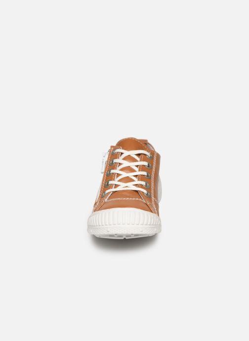 Baskets Pataugas Rocky/N J2C Marron vue portées chaussures
