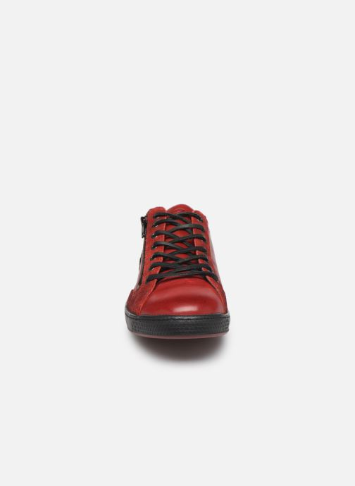 Baskets Pataugas Jay/N H4C Rouge vue portées chaussures