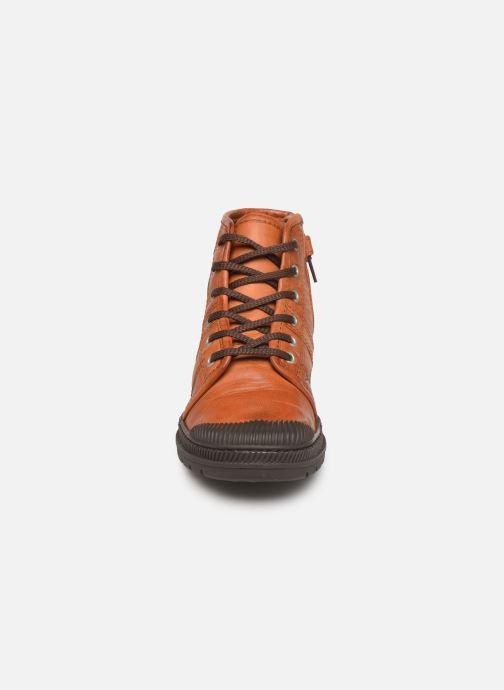 Baskets Pataugas Authentiq/G J4C Marron vue portées chaussures