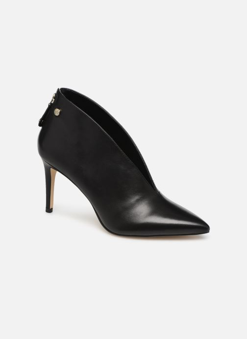 High heels Guess FL7BOALEA09 Black detailed view/ Pair view
