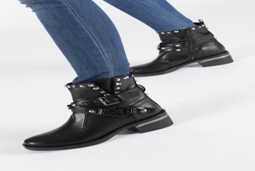 Bottines et boots Guess FL7FENELE10 Noir vue bas / vue portée sac