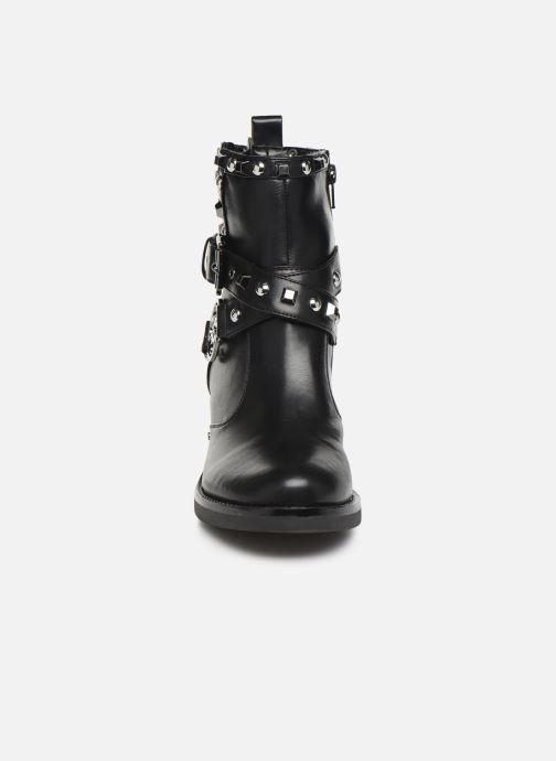 Bottines et boots Guess FL7FENELE10 Noir vue portées chaussures