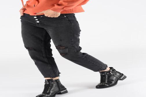 Boots en enkellaarsjes Guess FL7FIALEA10 Zwart onder