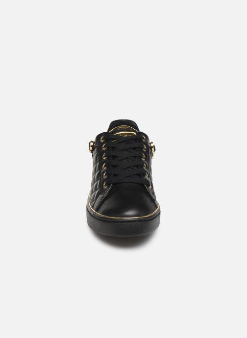 Baskets Guess FL7BRSELE12 Noir vue portées chaussures