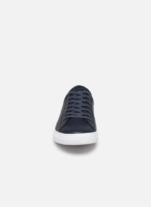 Baskets Tommy Hilfiger ESSENTIAL LEATHER COLLAR VULC Noir vue portées chaussures