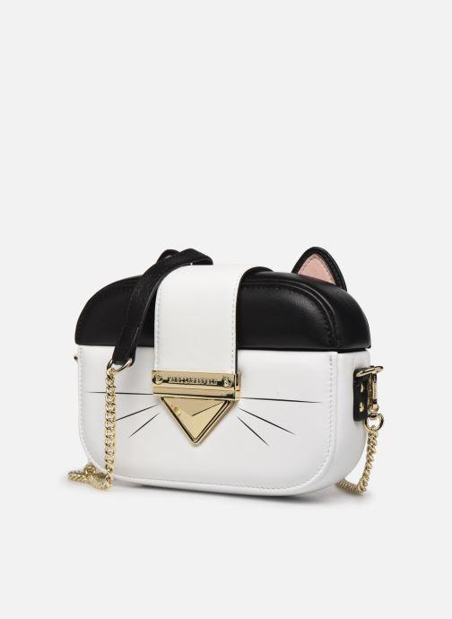 Sacs à main Karl Lagerfeld CHOUPETTE MINAUDIERE Blanc vue portées chaussures