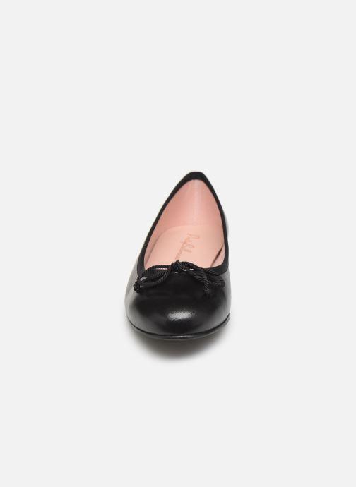 Ballerines Pretty Ballerinas 37650 Noir vue portées chaussures